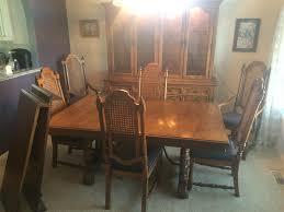 wwwm37auctioncom thomasville dining room set w china cabinet