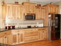 What Granite Choice With Natural Hickory Cabinets Kitchens - Hickory kitchen cabinets pictures