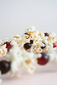 Garland by Diy Old Fashioned Cranberry Popcorn Garland Salty Canary