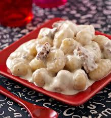 cuisiner des gnocchis gnocchis au gorgonzola et noix les meilleures recettes de cuisine