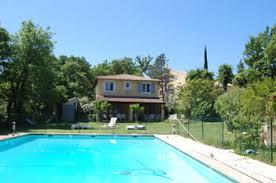 chambre d hotes avignon piscine la calade gîtes et chambres d hôtes près d avignon en provence