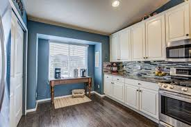 how much does it cost to paint kitchen cabinets canada how much does interior painting a room cost best painting