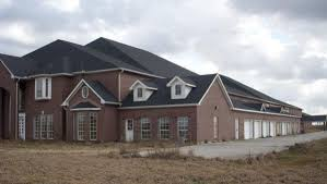 Cheap Mansions For Sale In Usa Interested Go Inside The U0027weird U0027 46 Bedroom Mansion For Sale In