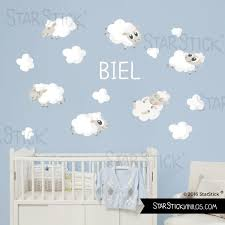 stickers muraux chambre bébé et nuages blancs sticker muraux chambre bébé