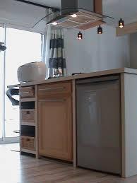 fabriquer sa cuisine en bois faire sa cuisine modele de cuisine en bois meubles rangement