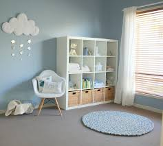 chambre b b gar on bleu et gris d coration murale chambre b gar on barricade mag decoration bebe