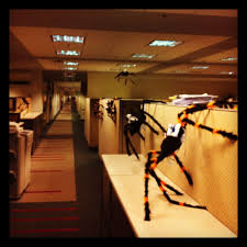 office 21 spooky halloween decorating ideas for the office