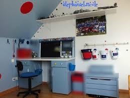 fabriquer un bureau enfant faire soi même un bureau avec des meubles de cuisine et un panneau