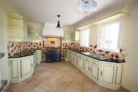 cuisine blois cuisine rocchetti blois ivoire patine grattée meubles rocchetti nord