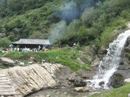 Most Beautiful Waterfalls by 13 Most Beautiful Waterfalls In Himachal Pradesh That You Must Visit