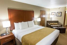 Comfort Inn Springfield Oregon Comfort Inn U0026 Suites Springfield I 44 76 9 4 Updated 2017