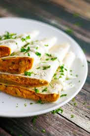 how to make sriracha mayo cheesy sriracha chicken quesadilla scrambled chefs