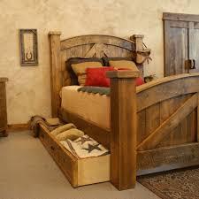 rustic wood bedroom furniture b53b51972f64c92d2377b0057c349bd8