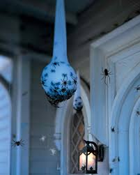 Halloween Glass Ornaments by 25 Clever Outdoor Halloween Decorations Tipsaholic
