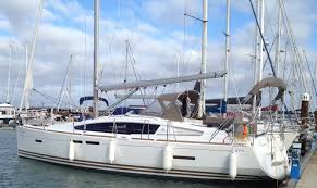 sun odyssey 41 ds jeanneau boats jeanneau 41 ds a yacht delivery from brixham to gosport youtube