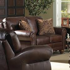 Best Loveseat Best Home Furnishings Noble Traditional Leather Loveseat With