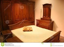 les chambre a coucher en bois chambre à coucher en bois image stock image du outre chêne