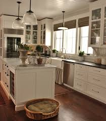 pictures of kitchens with antique white cabinets cottage farmhouse kitchens inspiring in white fox hollow cottage