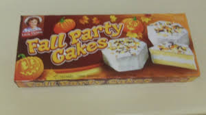 Publix Halloween Cakes The Internet Is In America A Round Up Of Little Debbie U0027s