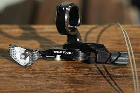 wolftooth remote light action wolf tooth remote light action review pinkbike