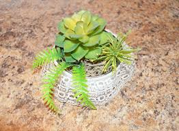 tin can succulent holder craft challenge 2016 a pop of red