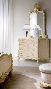 Victorian Style Homes Interior Best 20 Victorian Bedroom Furniture Ideas On Pinterest