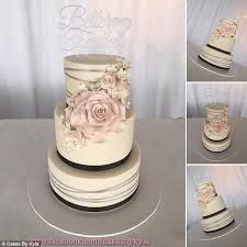 Cake Decorating Classes Dundee Mum Behind Cakes By Kyla Sells 400 Cupcakes Each Day Daily Mail