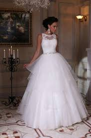White Wedding Dresses Modern White Scoop Sleeveless 2017 Wedding Dress Appliques Tulle