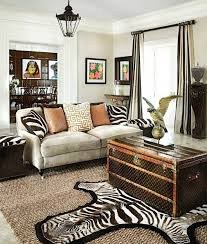 Ideas To Use Animal Prints In Home Décor DigsDigs - Animal print decorations for living room