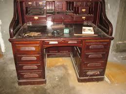 bureau en acajou grand bureau dit americain en acajou à caissons