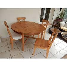 table avec 4 chaises table ronde en pin avec rallonge 4 chaises achat et vente