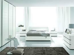 schlafzimmer beige wei ideen geräumiges schlafzimmer braun weiss stunning schlafzimmer