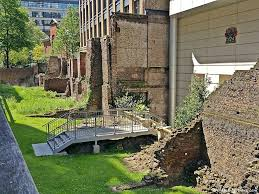 london u0027s roman u0026 medieval wall walk archaeology travel