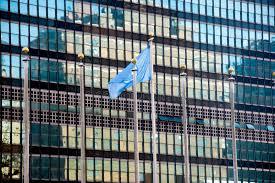 si e de l onu york sièges sociaux de l onu york photo stock image du flagpole