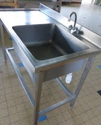 mobilier de cuisine professionnel meuble de cuisine avec evier 7 evier table inox professionnel
