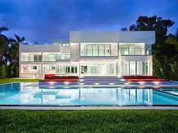 florida modern homes modern waterfront estate on hibiscus island in miami beach fl