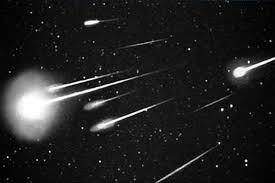 imagenes meteoritos reales compañía japonesa desarrolla la primera lluvia de meteoritos