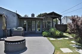 rent newly remodeled modern 2b 2b with large backyard house