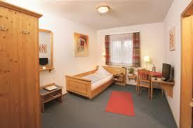 K He Landhausstil Hotel Beim Schupi Deutschland Karlsruhe Booking Com