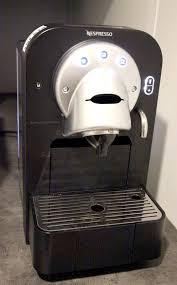 nespresso bureau machine a cafe expresso de marque nespresso modele gemini cs100 pro