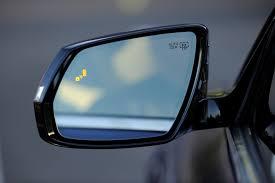 Blind Spot Alert 2015 Hyundai Genesis Advanced Safety Comes Standard Motor Review