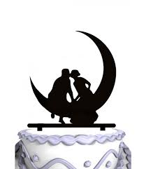 moon cake topper meijiafei and groom sit on moon silhouette wedding cake