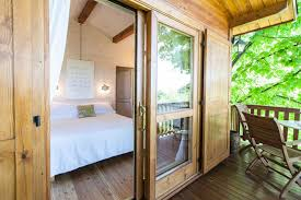 tiny home airbnb tiny homes you u0027ll want to rent around the world