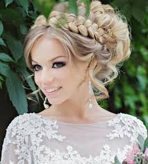Hochsteckfrisurenen Glattes Haar by Lockige Lange Haare Flechten Und Als Hochsteckfrisur Stylen