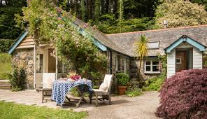 river luxury self catering cottage cornwall