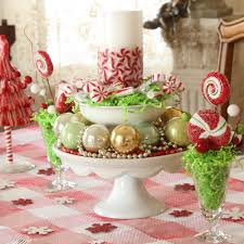 Simple Table Decorations by 50 Stunning Christmas Table Settings U2014 Style Estate