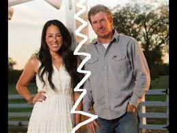 chip joanna gaines fixer upper chip and joanna gaines stars reveal major cracks in