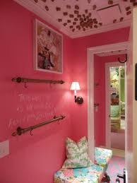 Lilly Pulitzer Furniture by Lilly Pulitzer Loves Cincinnati And I Love Its Kenwood Towne