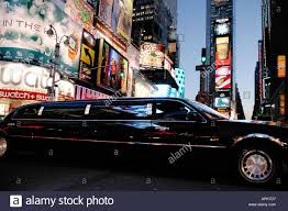 hummer limousine with pool limousine stock photos u0026 limousine stock images alamy