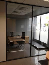 cloison verre bureau bureau de direction cloison aluminum et verre et mobilier bois clair 1 jpg